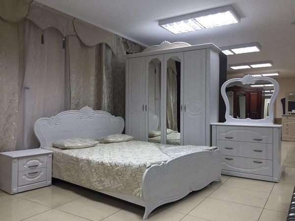 Классический вариант спальни